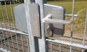 DSM line toegangspoort slotkast