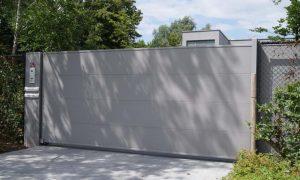 Sectionaal Aluminium kader met horizontale/verticale opleg aluminium platen dikte 3mm, met groeven 5mm